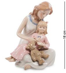 Статуэтка  фарфоровая Pavone Мама с дочкой 18 см 1105754
