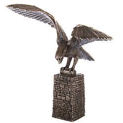 Статуетка Veronese Орел на вежі 28 см 08147