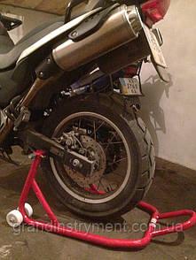 Подставка под заднее колесо мотоцикла L-образная 250 кг, мотоподставка, мотопаркер, мотоподкат TORIN  TRMT005