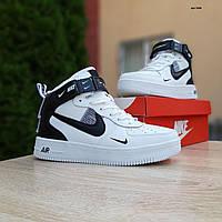 Мужские зимние кроссовки в стиле Nike Air Force 1 Mid LV8 белые с черым, фото 1