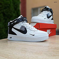 Мужские зимние кроссовки в стиле Nike Air Force 1 Mid LV8 белые с черным, фото 1