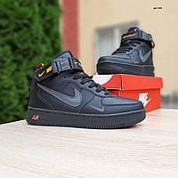 Мужские зимние кроссовки в стиле Nike Air Force 1 Mid LV8 черные с оранжевым, фото 1