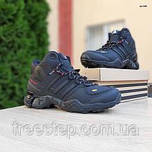 Чоловічі зимові кросівки Terrex чорні з червоним