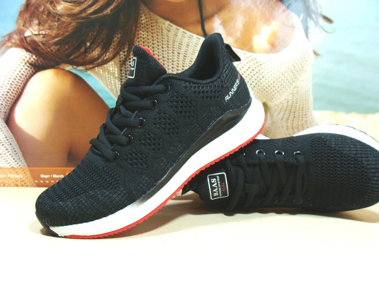 Жіночі кросівки BaaS Runners чорні 38 р.