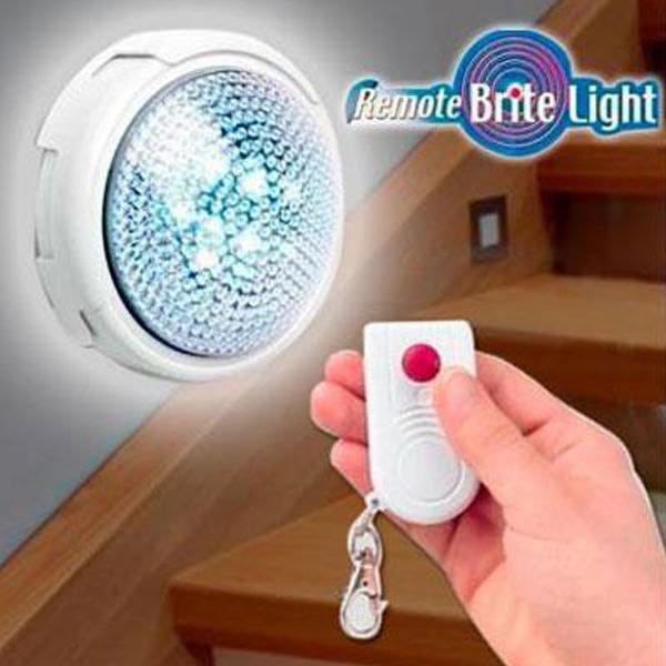 Светильник (лампа) с пультом, ночник Remote Brite Light.