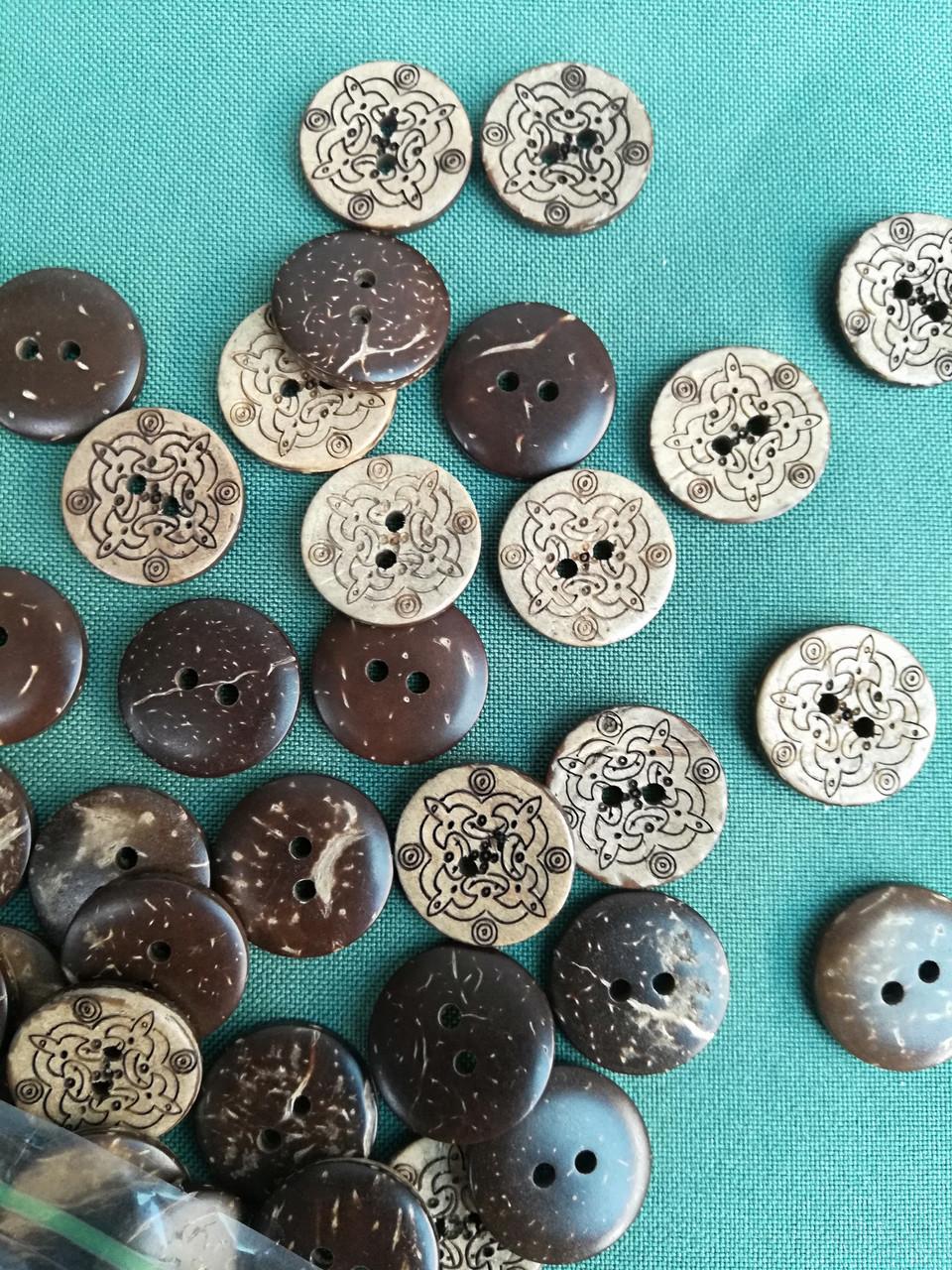 Деревянные пуговицы из кокоса  PG761 №28/18мм (100шт)