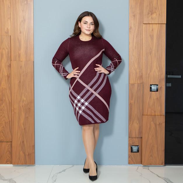 Тепле БАТАЛЬНЕ в'язане плаття міді з геометричним принтом з 44 по 62 розмір