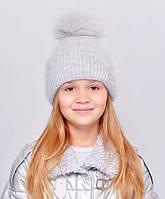 Красива, м'яка і тепла, зсередини підшита флісом дитяча шапка з бубоном св. сірий