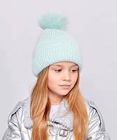 Красива, м'яка і тепла, зсередини підшита флісом дитяча шапка з бубоном м'ята