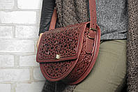Эксклюзивная полукруглая бордовая женская сумочка через плечо, тисненый авторский узор, фото 1
