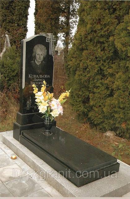 Встановлення пам'ятників в селі Прилуцьке