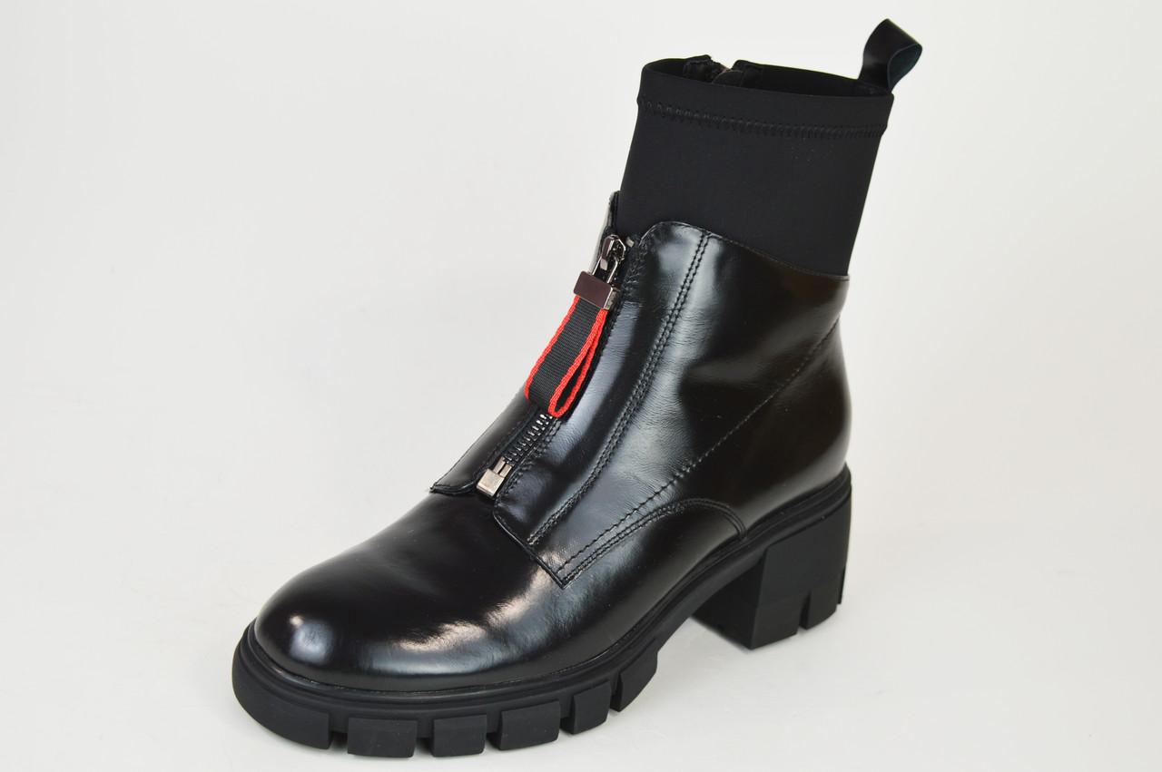 Ботинки на каблуке Geronea 31218 кожа/масло черные цигейка
