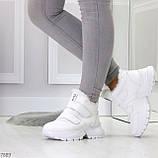 Удобные молодежные белые зимние женские черные кроссовки на липучках, фото 2