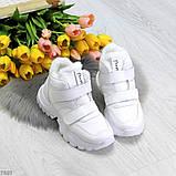Удобные молодежные белые зимние женские черные кроссовки на липучках, фото 6