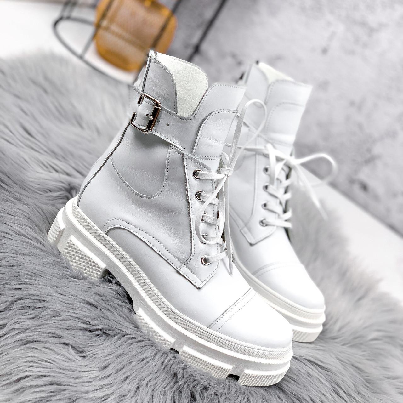 Ботинки женские Rebeca белые ДЕМИ 2445