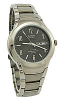 Часы мужские Casio LIN-172-8AVEF титановые