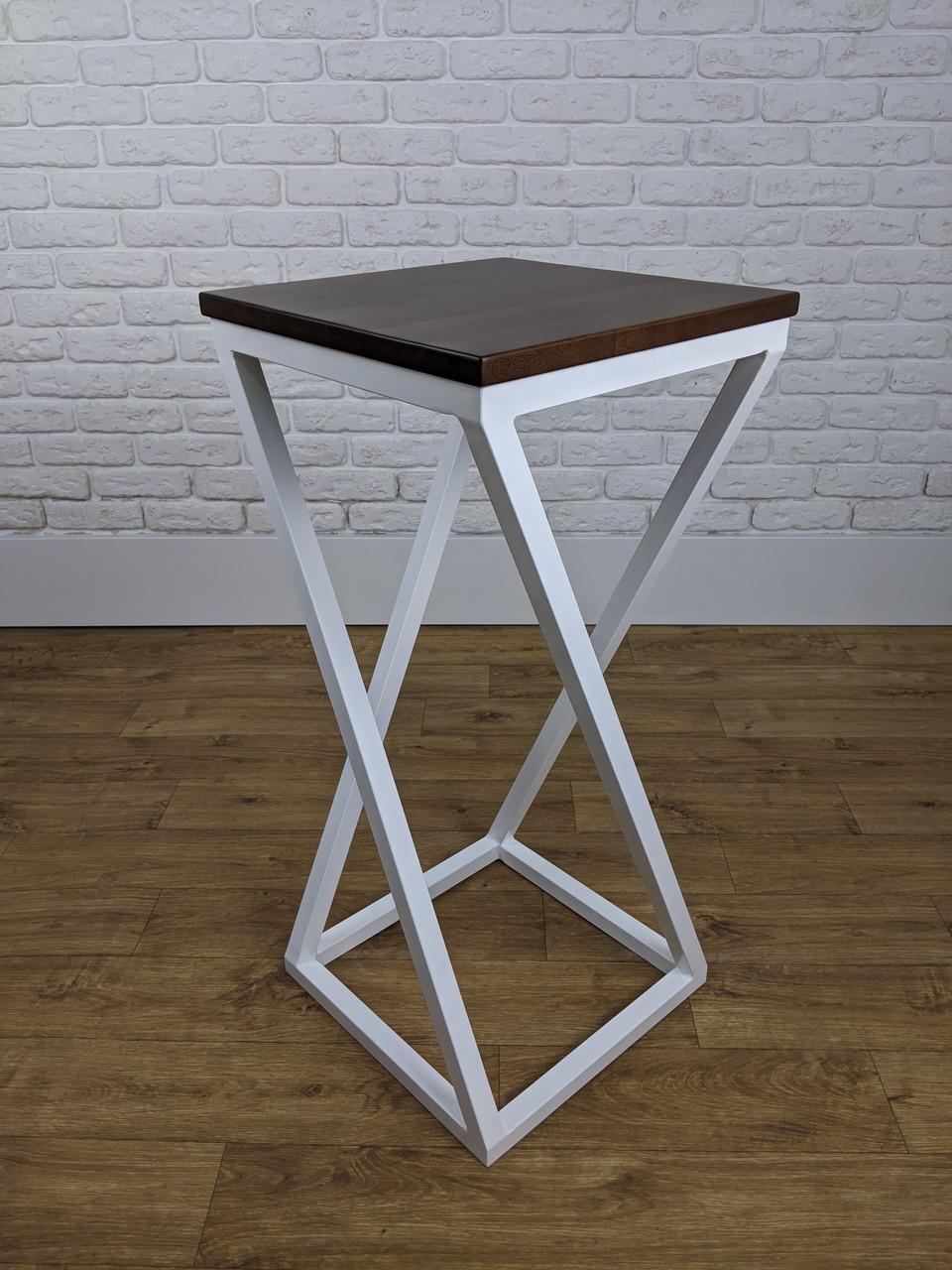Белый барный стул барный в стиле LOFT из белого металла и натурального дерева