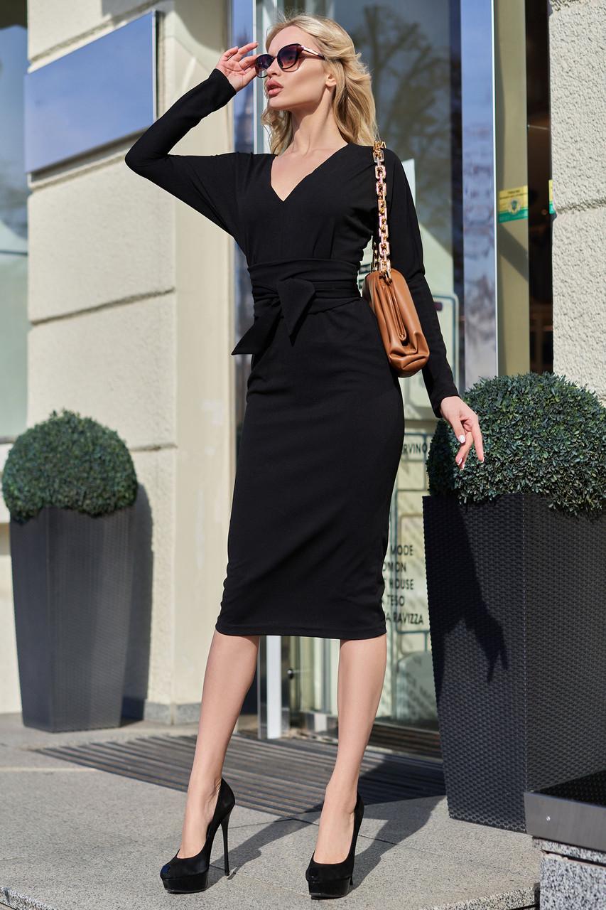 Чорне жіноче плаття міді з розрізом з поясом повсякденне
