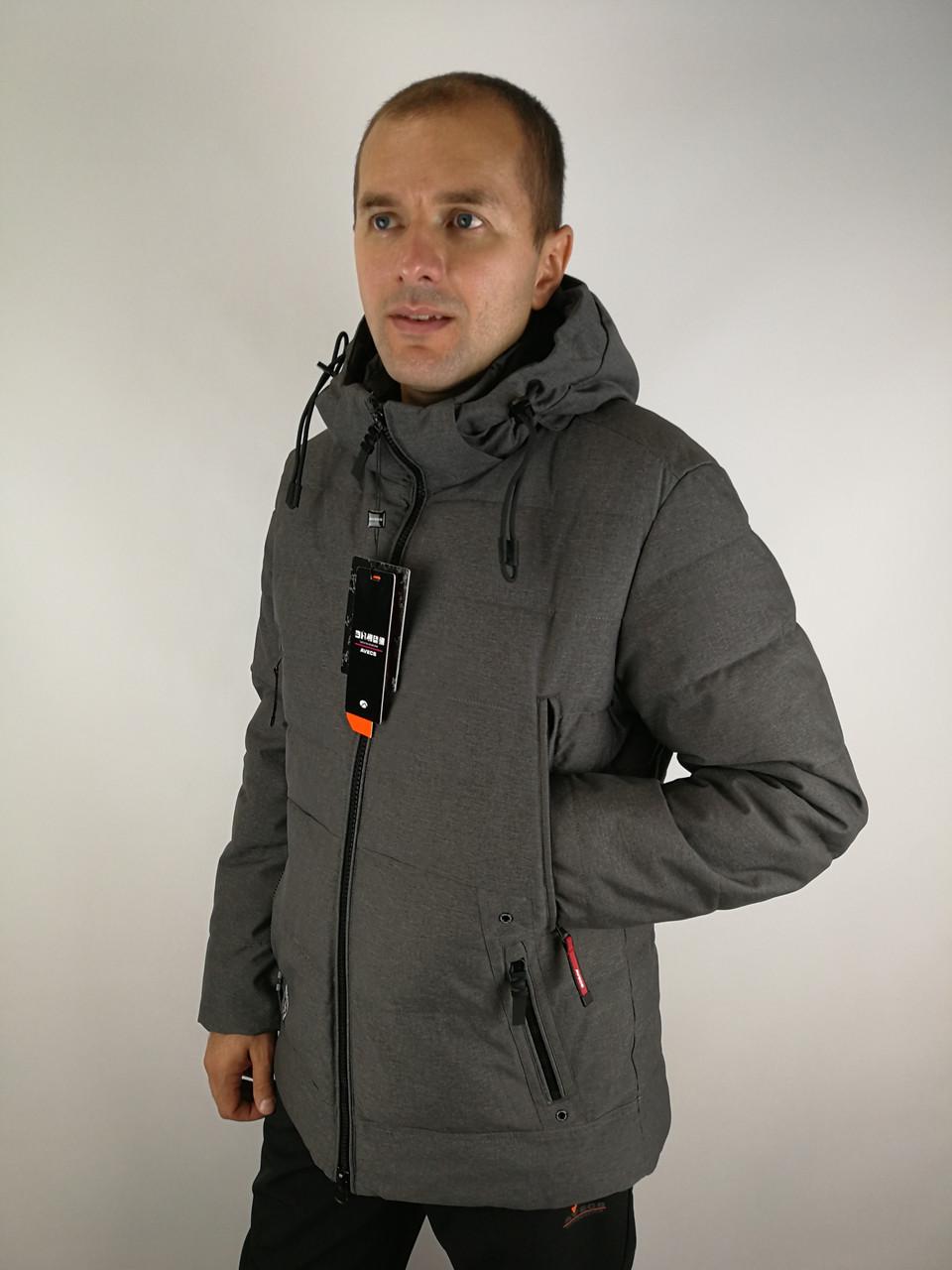 Зимова чоловіча куртка класика