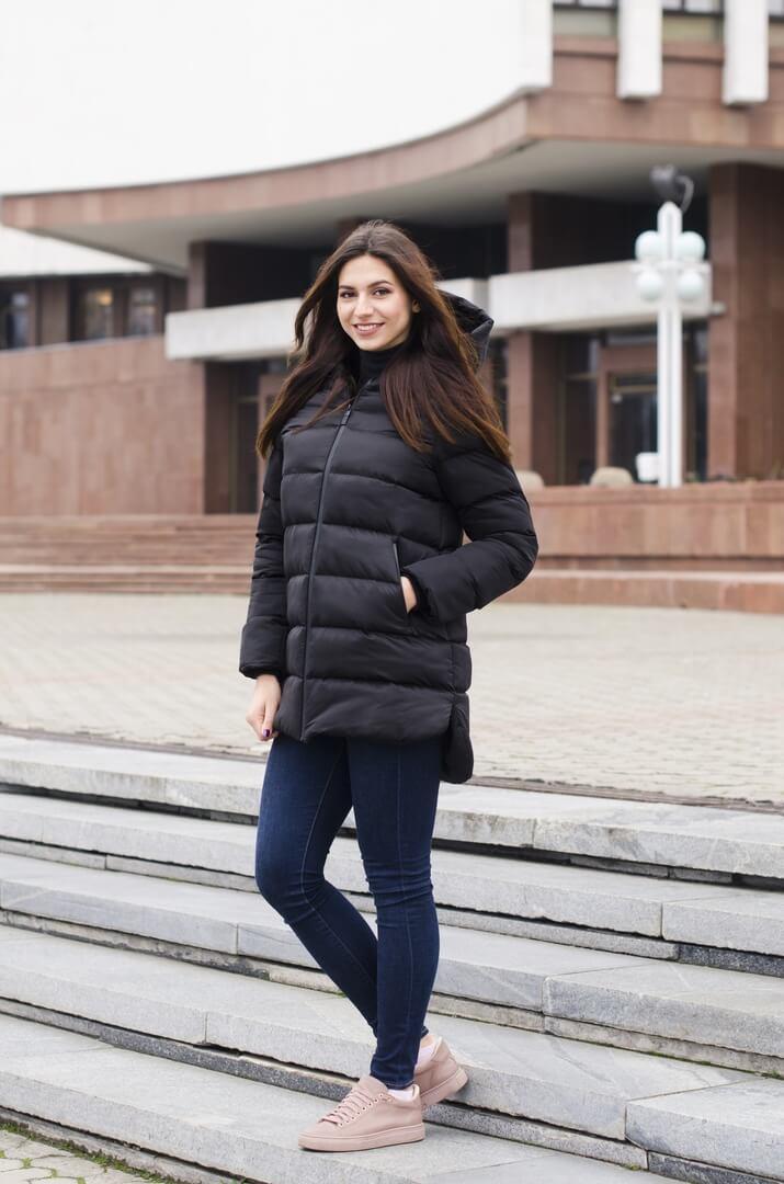 Куртка женская зимняя Monica Pobedov (черная)