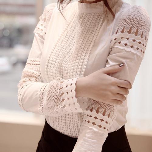 Красивая женская блуза белая с хлопковым кружевом