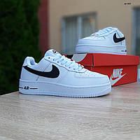 Мужские зимние кроссовки в стиле Nike Air Force белые с черным, фото 1