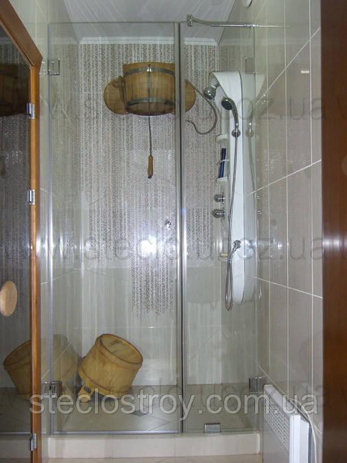 Душевые стеклянные перегородки из прозрачного стекла