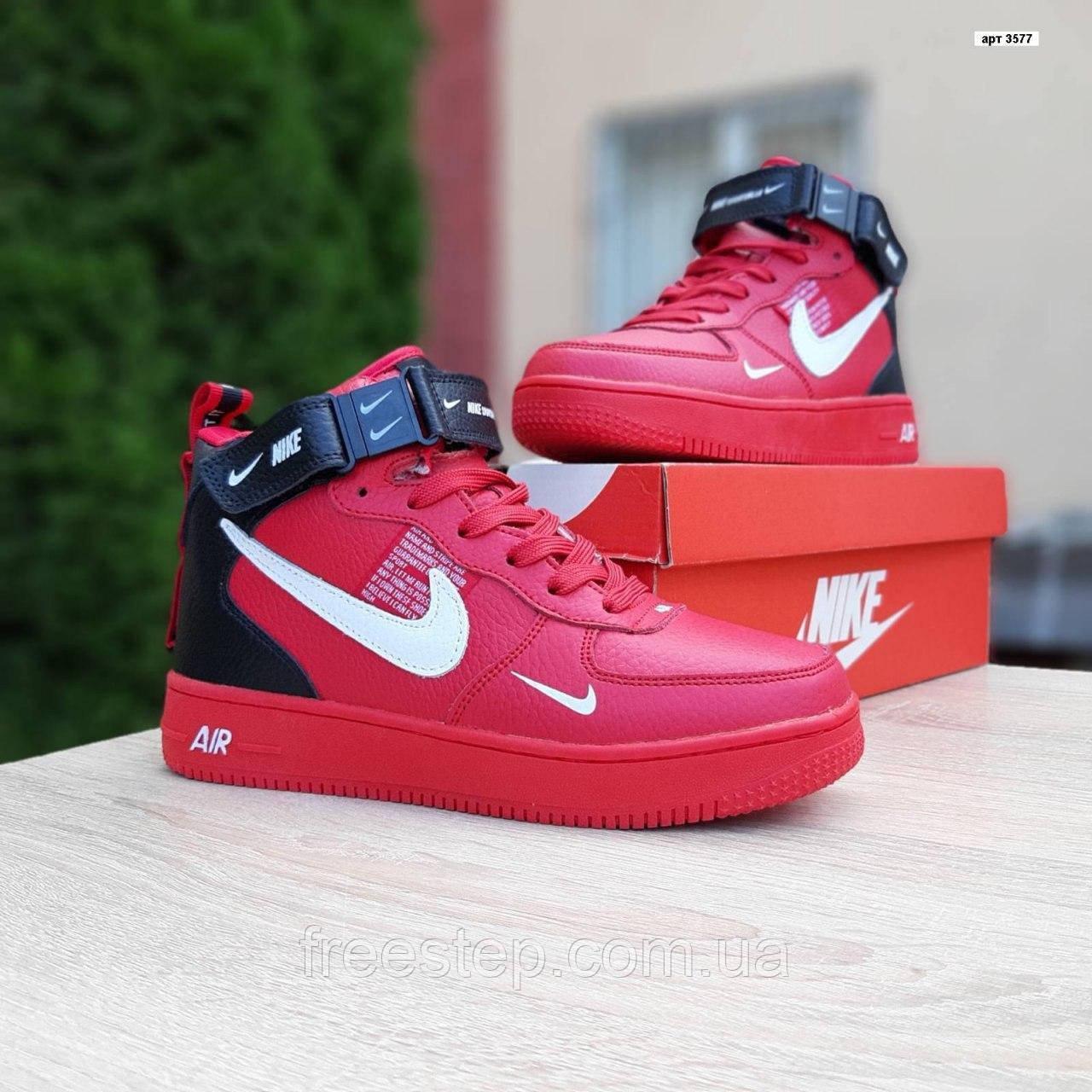 Жіночі зимові кросівки Air Force 1 Mid LV8 червоні