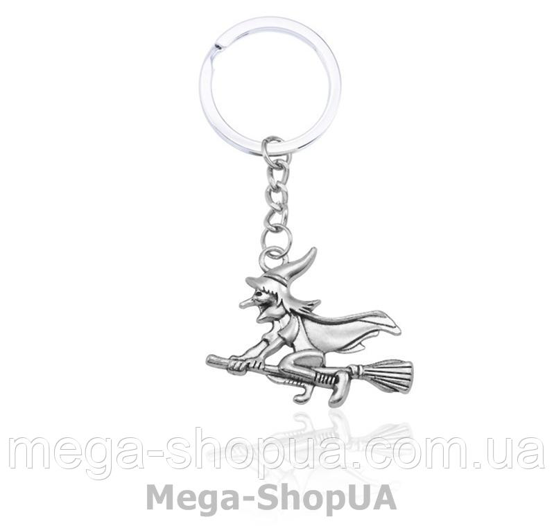 Брелок металлический для ключей Witch on a broom
