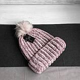 Женская акриловая зимняя вязаная шапка розовая с бубоном помпоном акрил крупная вязка, фото 8