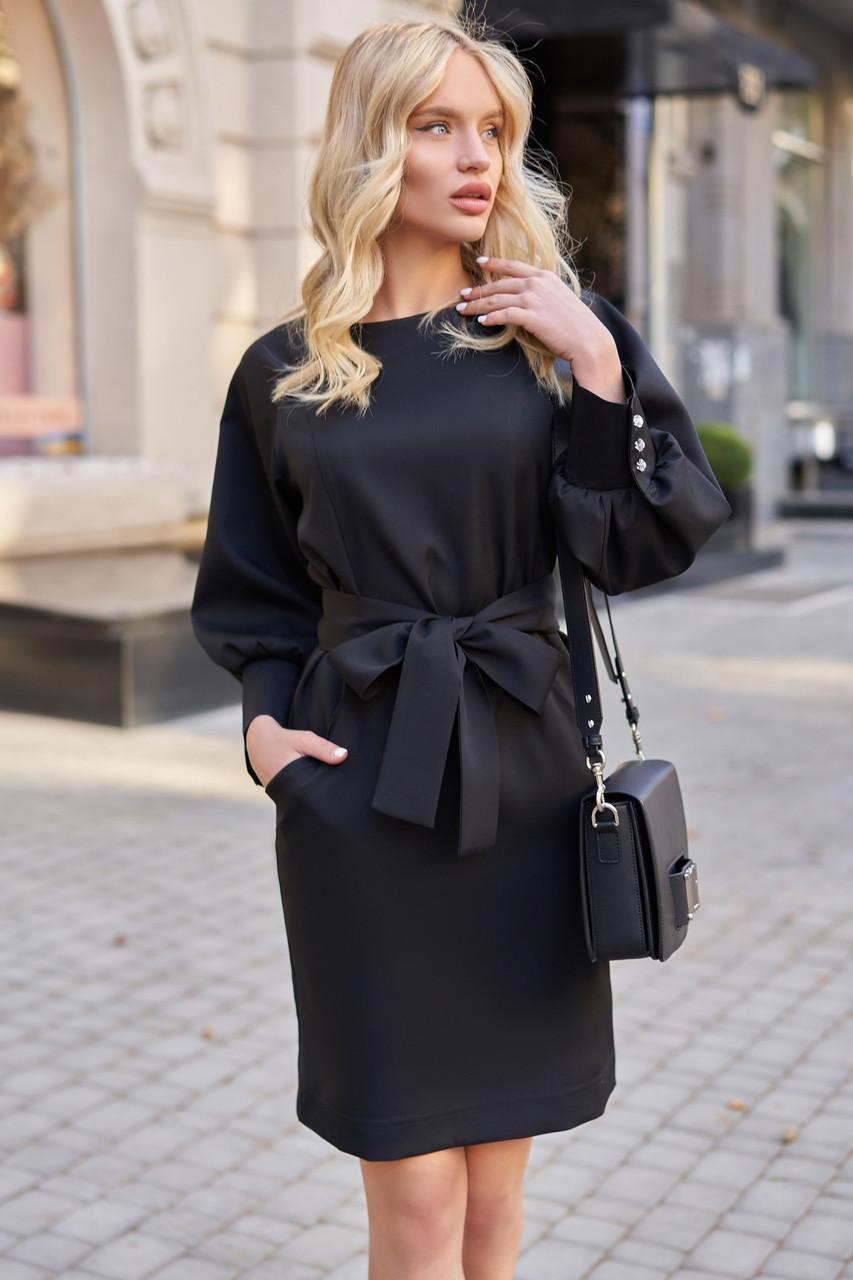 Чёрное короткое платье прямое с поясом стильное молодёжное