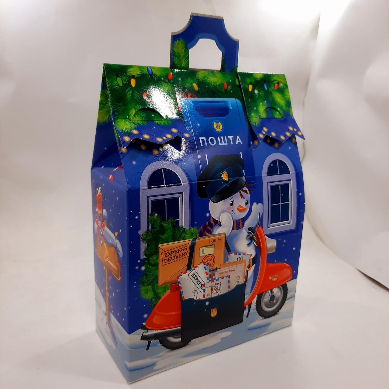 Новогодняя подарочная картонная упаковка для конфет 700 грамм Снеговик