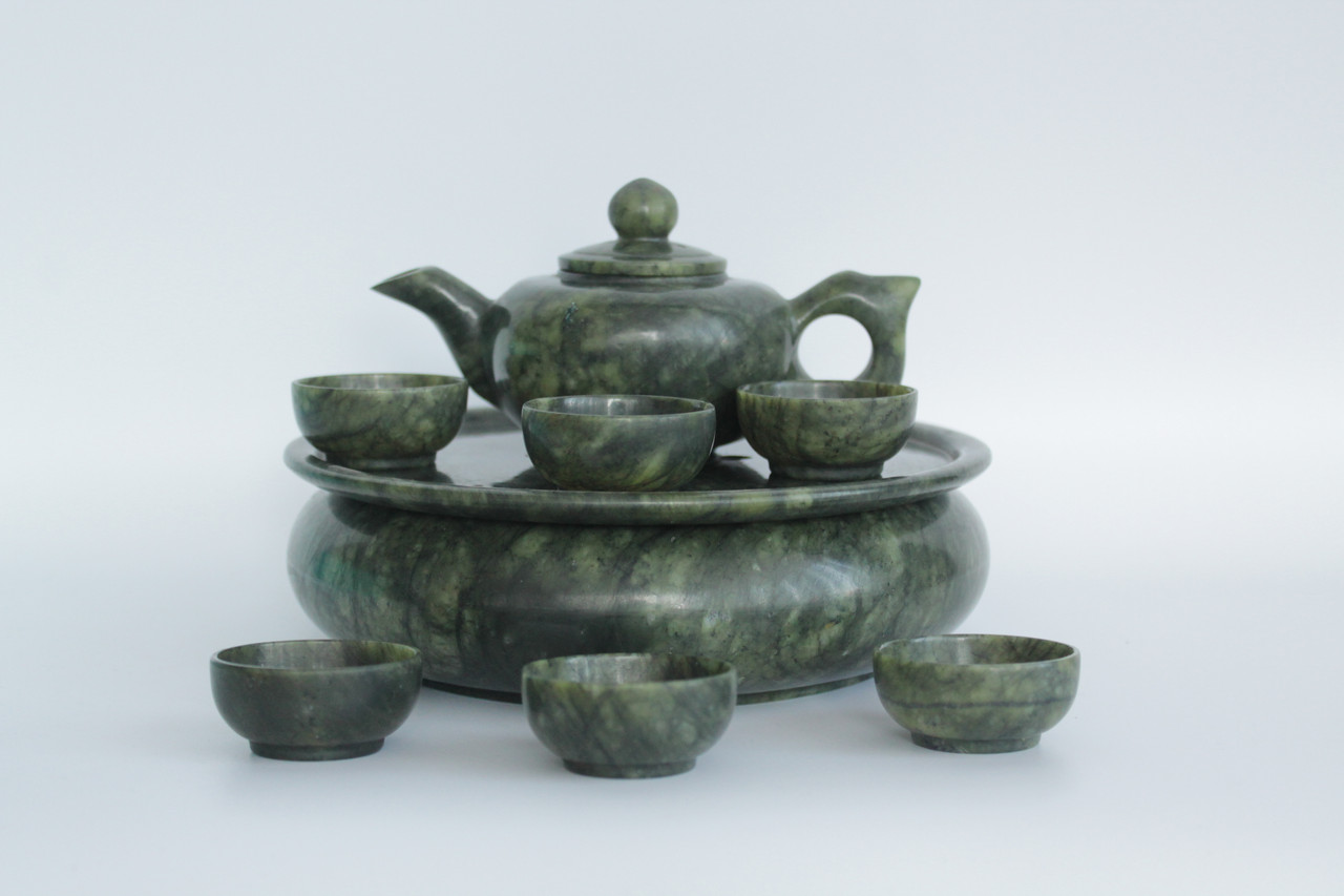 Подарочный набор посуды из нефрита для чайной церемонии