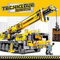 Детский конструктор Конструктор для мальчика Большой конструктор TECHNIQVE Кран (автокран) 665 деталей
