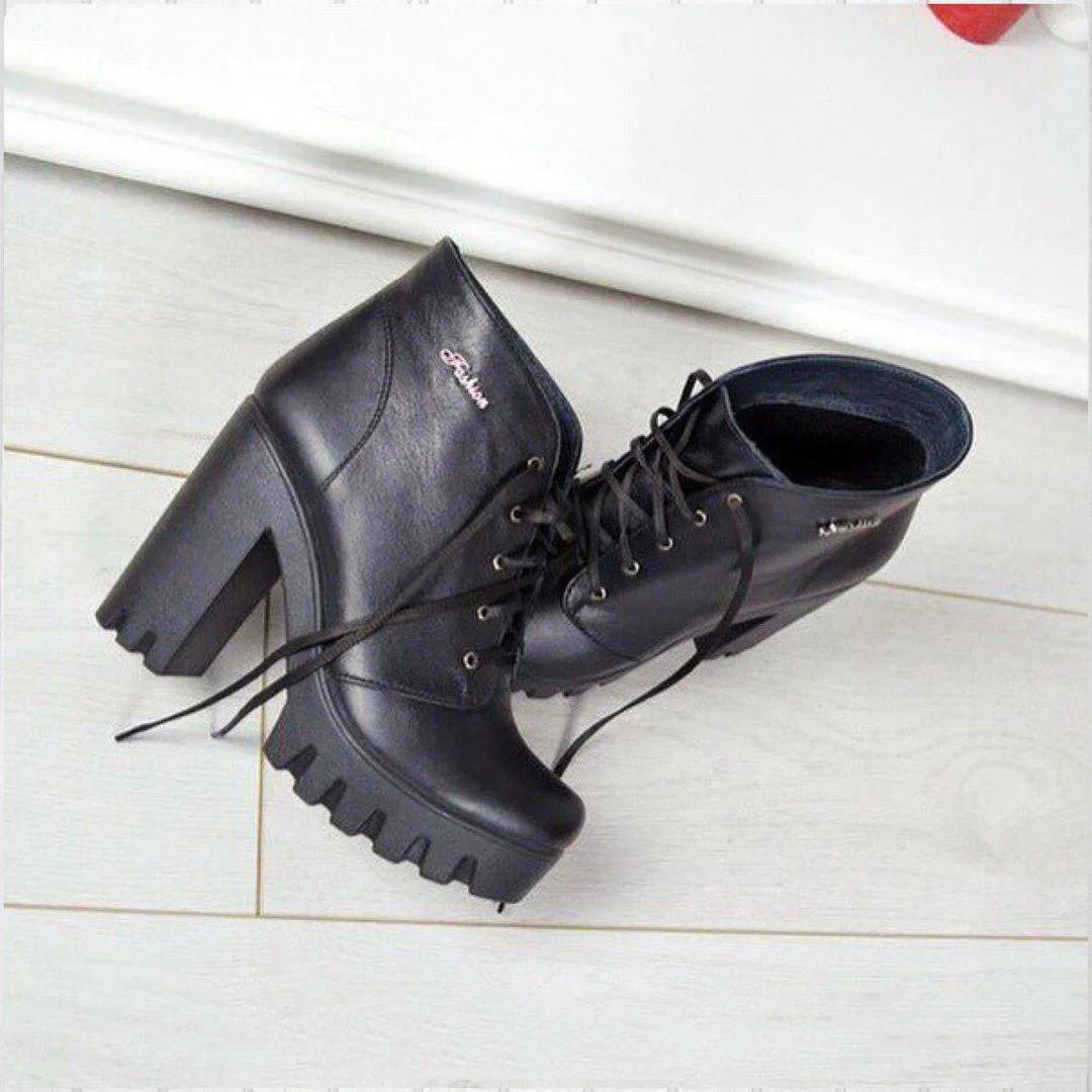 Черевики зі шнурком на підборах, натуральна шкіра байка