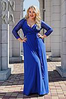 Женское платье в пол с гипюром больших размеров