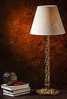 Настольный светильник на деревянной резной основе