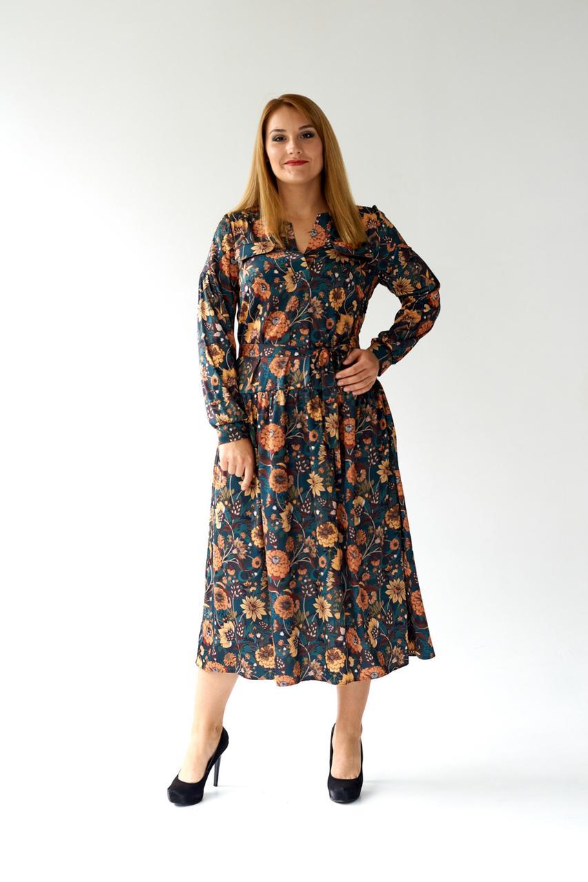 Элегантное зеленое батальное легкое платье из атласа ниже колен 48, 50, 52, 54