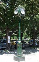 Уличные декоративные часы