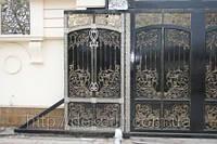Ворота кованые - декор из нейзильбера