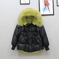 Красивая женская удлиненная куртка на пуху с натуральным мехом