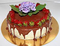 Торт на заказ с  фруктами