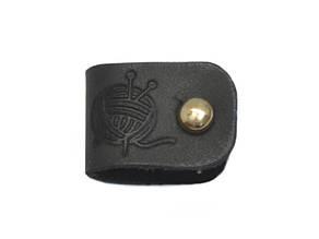 Бирка кожаная Клубочек 1.5х4.5 черная золотой винт к/к