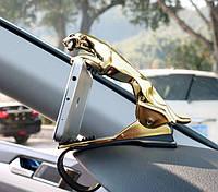 Держатель для телефона в автомобиль Леопард. Золото