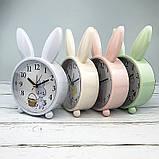 Детские настольные часы-будильник Милый кролик. Серо-голубой. УЦЕНКА, фото 3