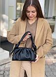 Женская кожаная сумка облако polina&eiterou черная, фото 6