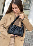 Женская кожаная сумка облако polina&eiterou черная, фото 7