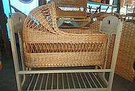 Люлька-кровать детская с деревянным основанием, с капюшоном