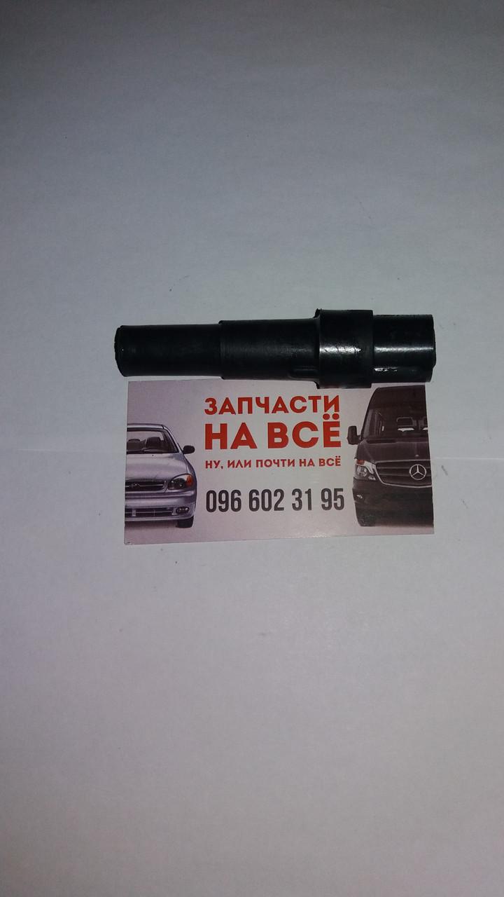 Наконечник свічки запалювання ГАЗ 24, 53, Зіл Волга УАЗ Москвич ПАЗ СЭ110-3707200