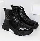 Демисезонные женские спортивные ботинки черные лаковые, фото 2